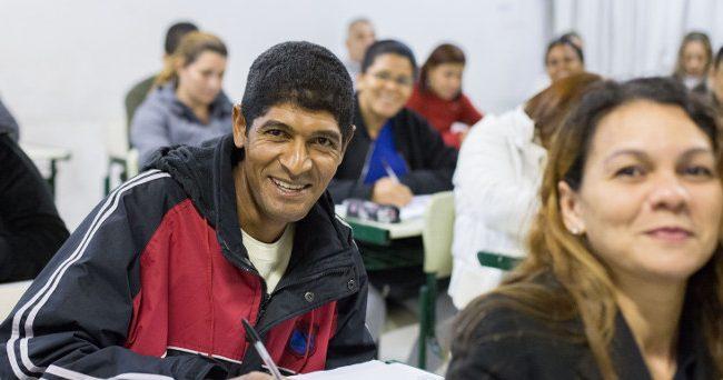 serv-04-cursos-qualif-prof